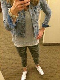 Jean jacket, camo pants, gray tunic - Jean jacket, camo pants, gray tunic Source by laurakrabel - Camo Jeans Outfit, Camo Outfits, Camo Pants, Casual Fall Outfits, Fall Winter Outfits, Autumn Winter Fashion, Spring Outfits, Camo Fashion, Military Fashion