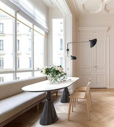 Inside a Classic Parisian Apartment With a Lively Spirit Parisian Apartment, Paris Apartments, Apartment Interior Design, Home Interior, Interior Design Kitchen, Minimalist Apartment, Scandinavian Interior, Apartment Ideas, Interior Styling