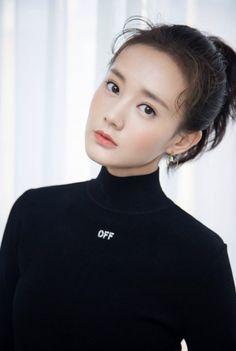 N Girls, Chinese Actress, Asian Beauty, Ulzzang, Korean Fashion, China, Actresses, Actors, Pure Products
