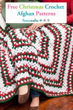 25 Free Christmas Crochet Afghan Patterns Find our favorite free Christmas crochet afghan patterns in this collection! Make a variety of Christmas Crochet Blanket, Crochet Christmas Wreath, Holiday Crochet, Free Christmas Crochet Patterns, Christmas Afghan, Crochet Baby Blanket Beginner, Beginner Crochet Projects, Easy Crochet, Afghan Crochet Patterns