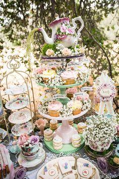 Vintage bridal shower tea party Ideas for 2019 Bridal Shower Tea, Tea Party Bridal Shower, Bridal Showers, Tea Party Wedding, High Tea Wedding, Baby Showers, Baby Shower Tea, Vintage Tee, Vintage Bridal