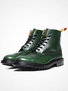 2013.12.09.    The Super boot from the Junya Watanabe Man X Tricker's collabo.    http://pick.basouk.com/YN18oK