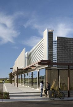 Monarch West by Randy Brown Architects (Papillon, Nebraska, USA)