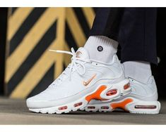 another chance a356a 785f0 Nike Air Max Plus TN SE  WhiteSilverTotal Orange  Mens Trainers