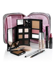 Trish McEvoy's Power of Makeup Planner Collection is an exclusive edit of her essential basics!