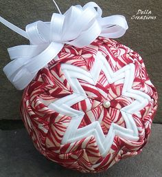 candy cane fabric quilted ornament #EWPPinParty