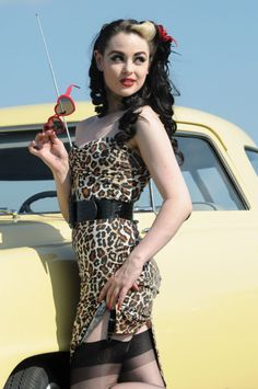 7 Ways to Get a Pin up Look without Getting Costumie ...