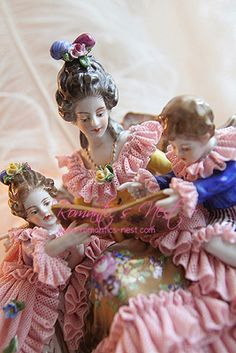 """Antique Dresden """"reading a book with mommy"""" Statues, Dresden Dolls, Dresden China, Dresden Porcelain, Half Dolls, Porcelain Ceramics, Fine Porcelain, Vintage Dolls, Old Things"""