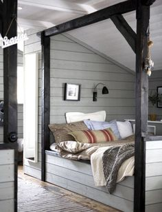 Love the bed nook