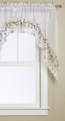 Rose Curtain 2 Piece Swag Set 60 x 40 White Curtains Macramé Embroidered New