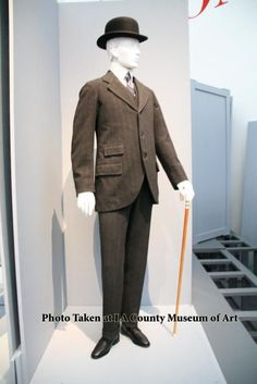 This needs to come back. The whole thing. Edwardian men's suit