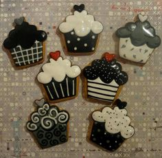Black white and red Cupcakes cookies