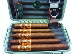 Oliva Serie V Cigar review.  The perfect cigars for your humidor. The humidor pictured is for travel.