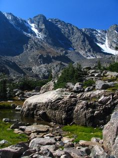 Colorado is home to numerous beautiful outdoor attractions, but this area in particular is quite possibly the most stunning and best kept secret of all.
