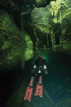 Diving Down Under: Australia's Olwolgin Cave System | Scuba Diving