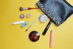 Coulisses #beaute : Dans le vanity #maquillage de Samantha, Assistante #Web #Marketing