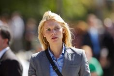 - Representative Brody Dec (Claire Danes) Carrie Mathison Photo by Showtime - © Showtime 2011 Claire Danes, Series Movies, Movies And Tv Shows, Beau Bridges, Homeland Tv Series, Homeland Season, Carrie Mathison, David Harewood, Damian Lewis
