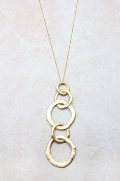 Golden Link Necklace | Awesome Selection of Chic Fashion Jewelry | Emma Stine Limited