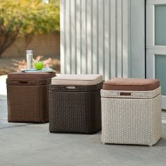 Patio cushion storage - Accessories for outdoor living require convenient storage space and this is where the storage devices and patio deck Pool Storage Box, Outdoor Storage Boxes, Patio Storage, Outside Storage, Storage Spaces, Storage Benches, Patio Cushion Storage, Patio Cushions, Outdoor Dining Set