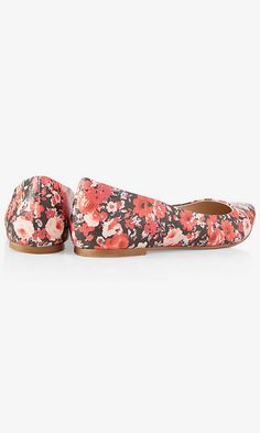 FLORAL POINTED TOE FLAT | Express