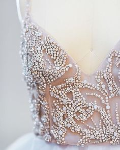 The beaded bodice on this @misshayleypaige gown make it the definition of dress #goals! Photograph by @ashleemintz.
