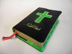 Gotteslob Hülle schwarz Kreuz grün von Schnickel und Schnackel auf DaWanda.com