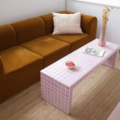 Home Decoration Design Ideas Decor Room, Living Room Decor, Bedroom Decor, Design Bedroom, Dining Room, New Yorker Loft, Tiled Coffee Table, Tile Tables, Pink Tiles