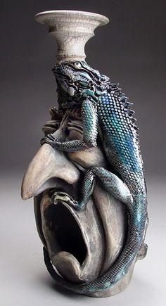 http://www.veniceclayartists.com/wp-content/uploads/2013/11/Mitchell-Grafton-Iguana-o.jpg
