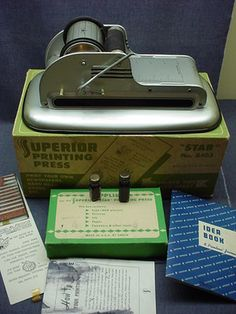 1950S VINTAGE TIN TOY SUPERIOR STAR PRINTING PRESS -