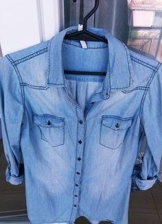 Kup mój przedmiot na #vintedpl http://www.vinted.pl/damska-odziez/koszule/18424576-koszula-jeansowa-stradivardius-rozmiar-s