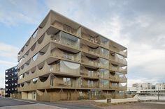 tham-videgard-arkitekter-vastra-kajen-housing-jonkoping-sweden-designboom-02
