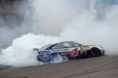 Kevin Harvick wins Phoenix 2014