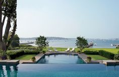 Traditional Pool by Gomez Associates Inc. and Kean Williams Giambertone in Long Island, New York