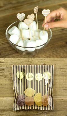 バレンタインにぴったりのラッピングアイテム オリガミオリガミ Cookie Packaging, Candy Cookies, Be My Valentine, Craft Items, Food Design, Gifts For Kids, Delish, Diy And Crafts, Wraps