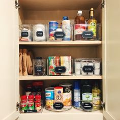 Incroyable Small Space Pantry.