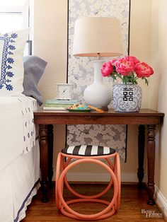 Stop neglecting your bedside table and give it some stylish lovin'.