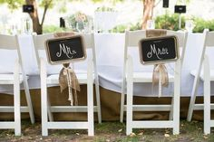 Mr. & Mrs. Signs/ love everything about this wedding!