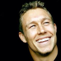 God himself, Mr Jonny Wilkinson - RC Toulonnaise International Rugby, H Cup, Australian Football, Rugby Club, Perfect Woman, Real Man, Kicks, Soccer, Handsome