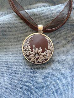 Virágos barna nyaklánc, Ékszer, óra, Medál, Nyaklánc, Meska