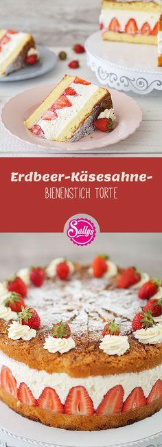 Diese Torte ist eine Kreuzung aus Bienenstich, Käsesahne und Erdbeertorte – ein Klassiker für alle Geschmäcker! Die Torte schmeckt fruchtig und leicht. #Erdbeer #strawberry #cake #käsesahne #bienenstich #summer