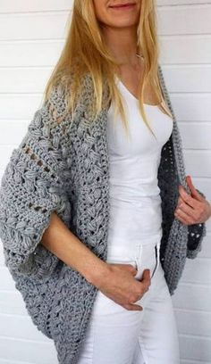 Cute and Easy Stylish Sweater & Cardigan Crochet Patterns Images for 2019 - Page 20 of 47 - Crochet & Knit - Cardigan , Coat - Crochet Cardigan Pattern, Crochet Shirt, Crochet Jacket, Crochet Patterns, Crochet Tops, Chunky Crochet, Crochet Sweaters, Easy Crochet, Crochet Ideas