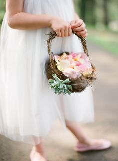 Fête Weddings   Wedding Planning VA   Fête Faves   Marta Locklear Photography   Flower Girl Florals