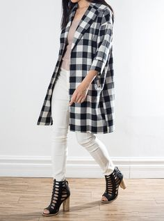 Oversized boyfriend jacket Checkered pattern sleeves Blend of white and black Linen 45 cotton Plaid, Coats, Boutique, Sleeves, Jackets, Fashion, Chess, Down Jackets, Moda