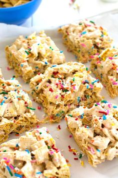 Funfetti marshmallow crispy treats made with Chex, marshmallows and rainbow sprinkles. Deliciously thick and soft with a hint of vanilla!