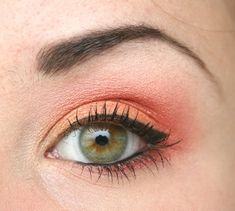Gorgeous Makeup: Tips and Tricks With Eye Makeup and Eyeshadow – Makeup Design Ideas Coral Eye Makeup, Peach Makeup, Hazel Eye Makeup, Hooded Eye Makeup, Makeup For Green Eyes, Eye Makeup Tips, Smokey Eye Makeup, Eyeshadow Makeup, Makeup Ideas
