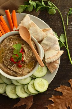 Baba Ghanoush cremoso y suave Hummus, Chilean Recipes, Chilean Food, Breakfast Tacos, Savory Snacks, Thai Red Curry, Appetizers, Ethnic Recipes, Healthy Brunch