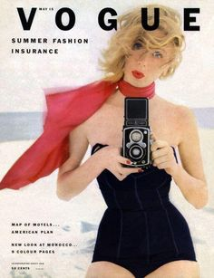 Dress for the beach like a Vogue cover girl. Suzy Parker photographed by Irving Penn, Vogue, May Vogue Magazine Covers, Fashion Magazine Cover, Fashion Cover, Vogue Vintage, Vintage Vogue Covers, Vogue Fashion, 1950s Fashion, Fashion Models, Fashion News