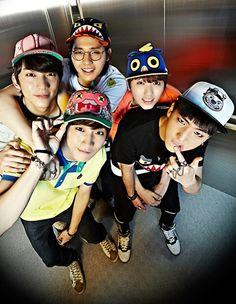 Image via We Heart It https://weheartit.com/entry/171594349 #Corea #kawaii #kpop #music #baro #gongchan #jinyoung #cnu #b1a4 #sandeul