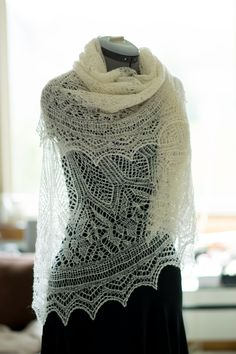 Handspun evenstar shawl pattern by Susan Pandorf