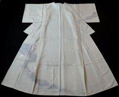 Japanese Vintage Kimono, SILK, Light gray, Good condition, Embroidery P012366  | eBay
